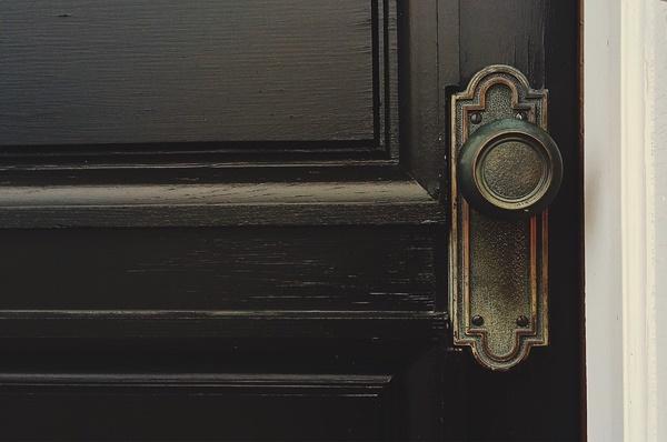 maçaneta porta pixabay