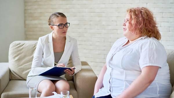 mulher obesa consulta