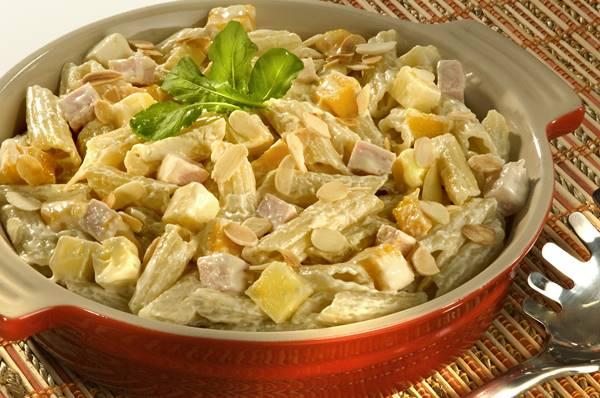 Salada ao Molho de Mostarda com Peito de Peru e Manga (002)