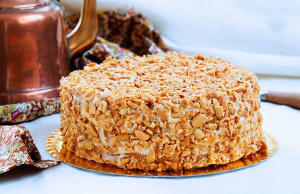 Bolo-de-doce-de-leite-com-amendoim-alta (002)