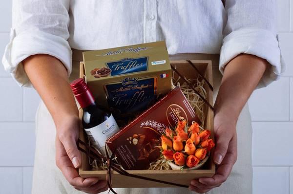 caixa chocolate vinho
