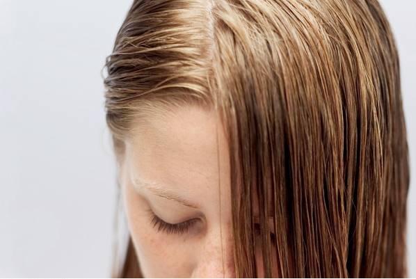 thinkstock cabelo oleoso