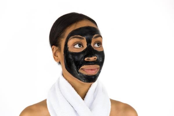 mascara facial beleza bridgesward pixabay