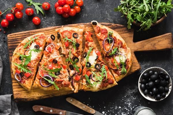 Pizza com massa de aveia e tapioca (002)