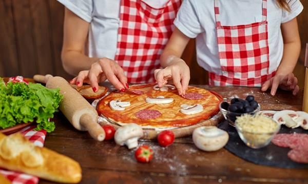 pizza- crianças metro parent
